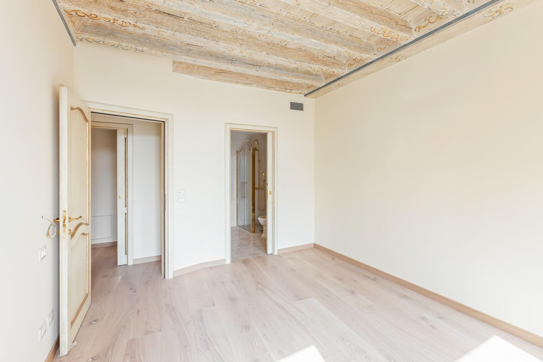 Charming apartment in the heart of Verona - 8
