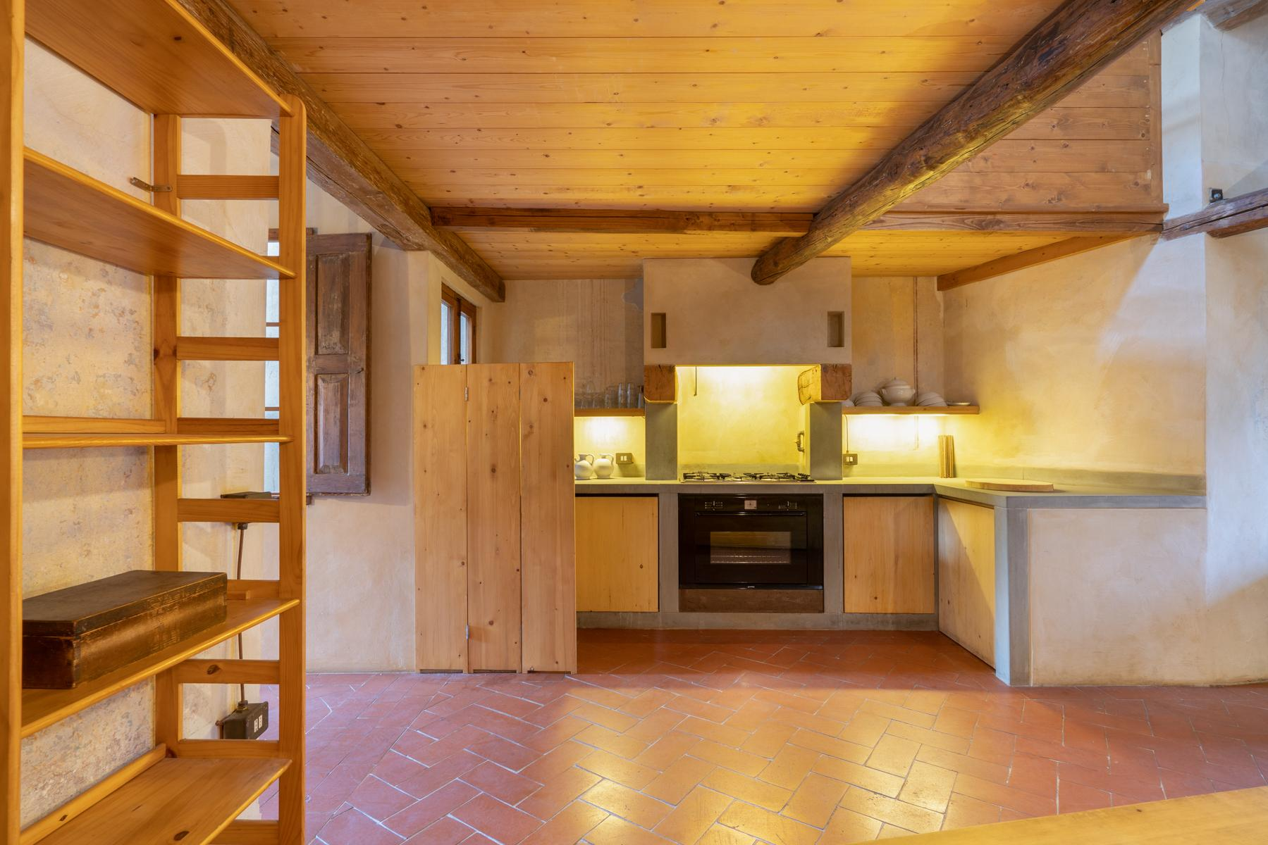 Charming apartment in Oltrarno - 9