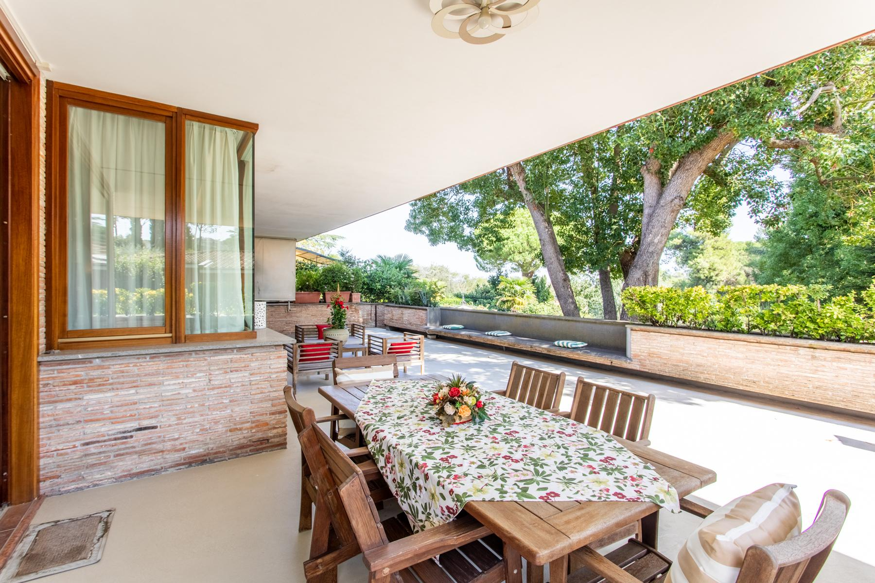 Bright property surrounded by greenery - 8