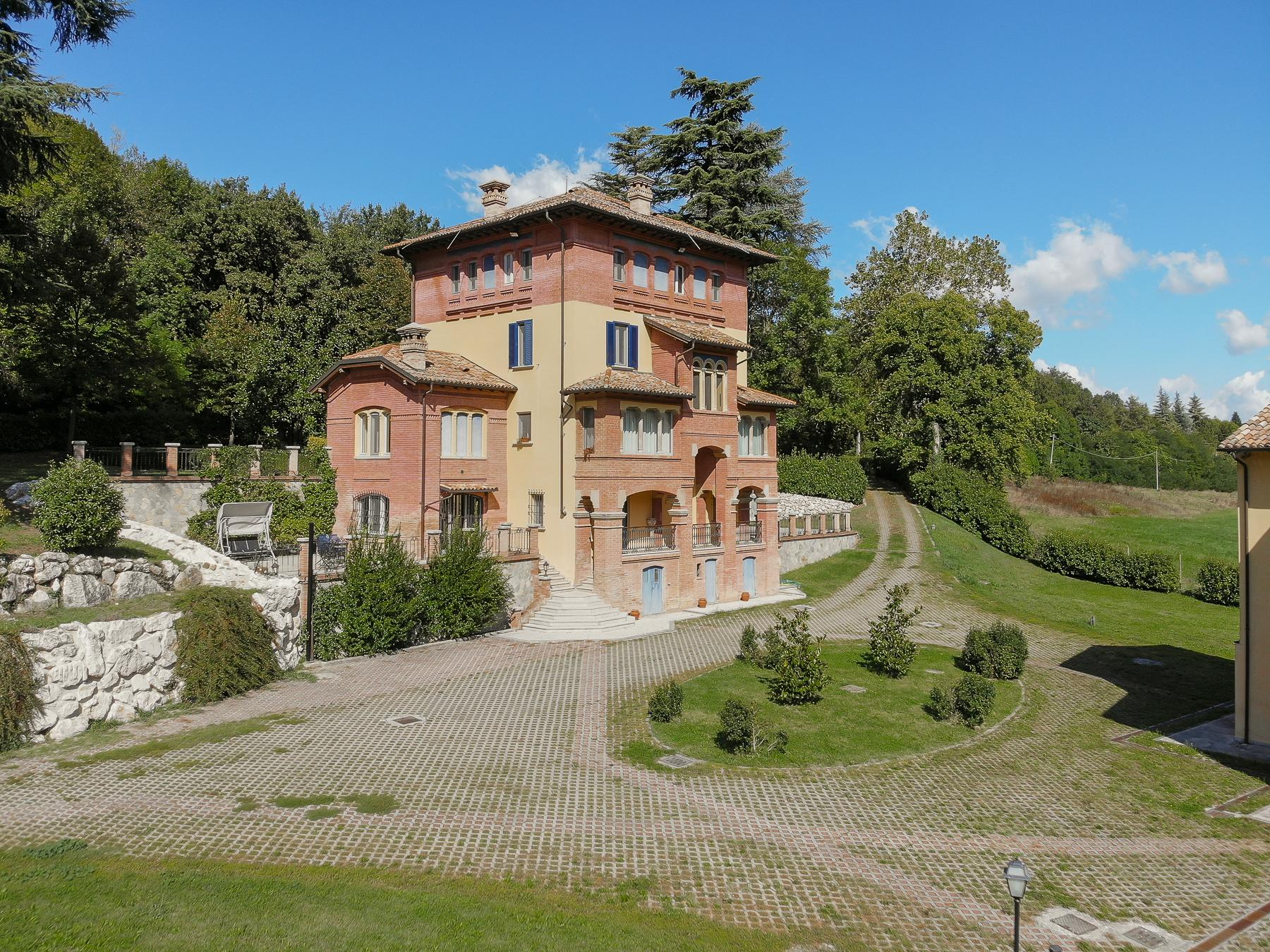 Salsomaggiore Terme温泉辉煌时期的别墅 - 1