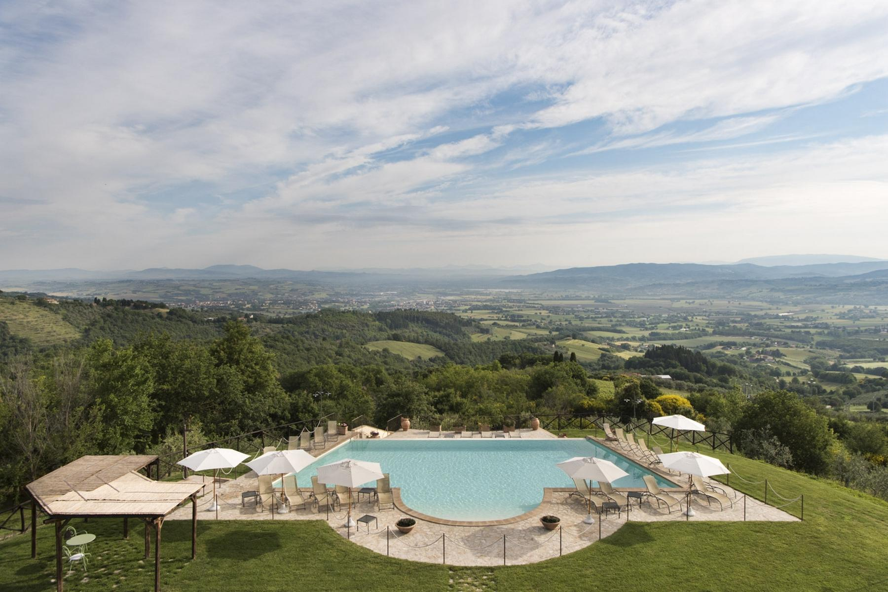 Marvellous property in the heart of Umbria Region - 18