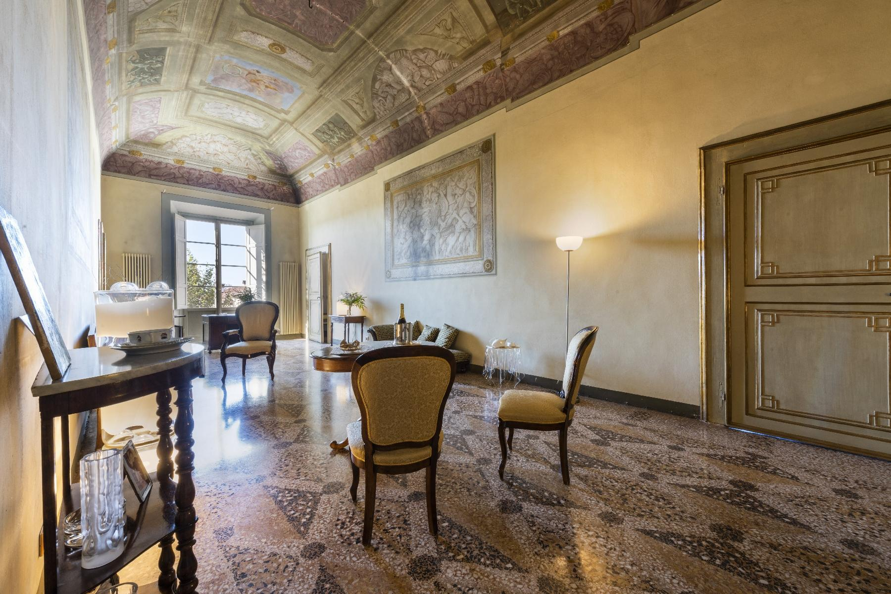 Stunning 18th century villa in the heart of Tuscany - 9