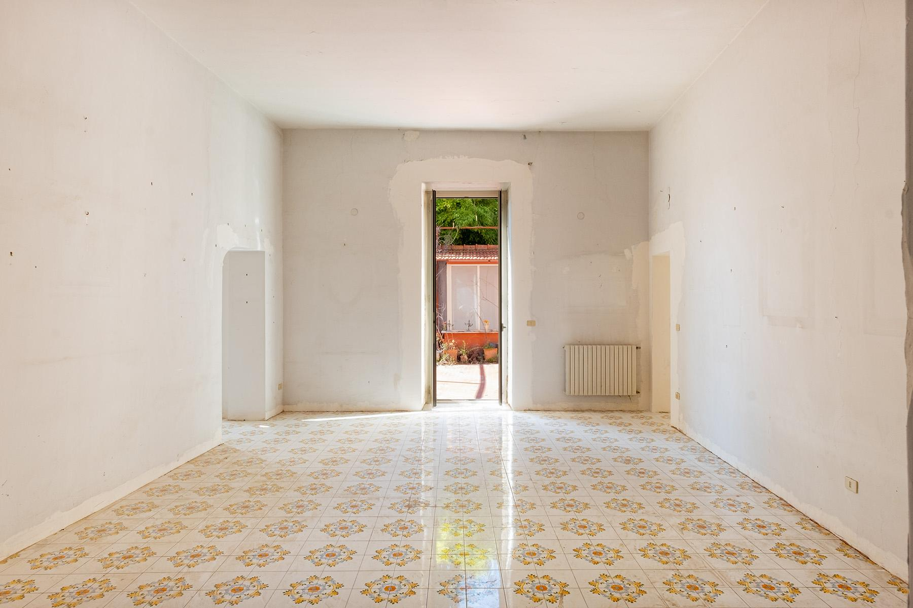Bright apartment in Villa Visocchi with terraces and garden - 9