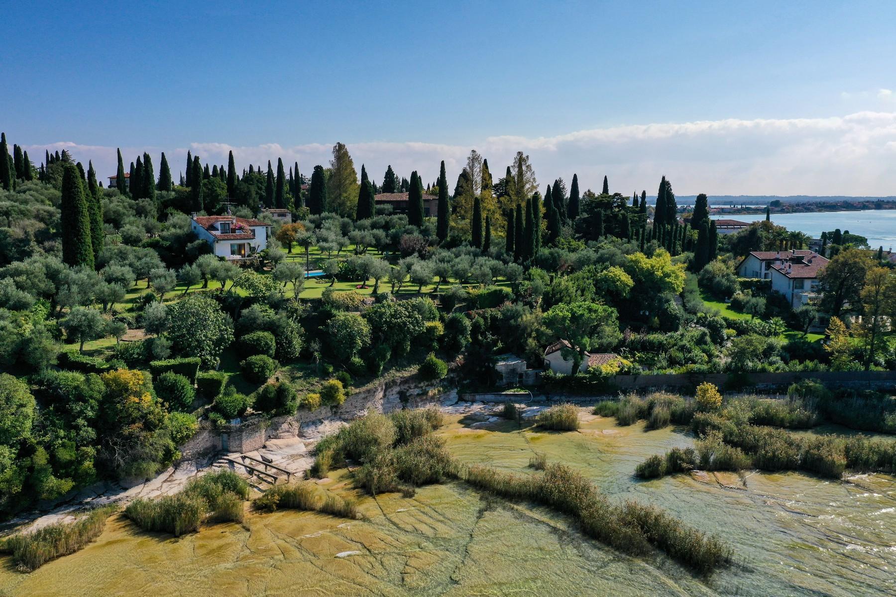 Esclusiva Villa pieds dans l'eau sulla Penisola di Sirmione - 27