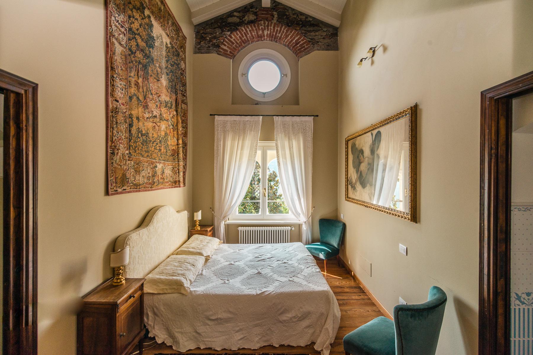 Ancient villa overlooking the lake Maggiore - 15