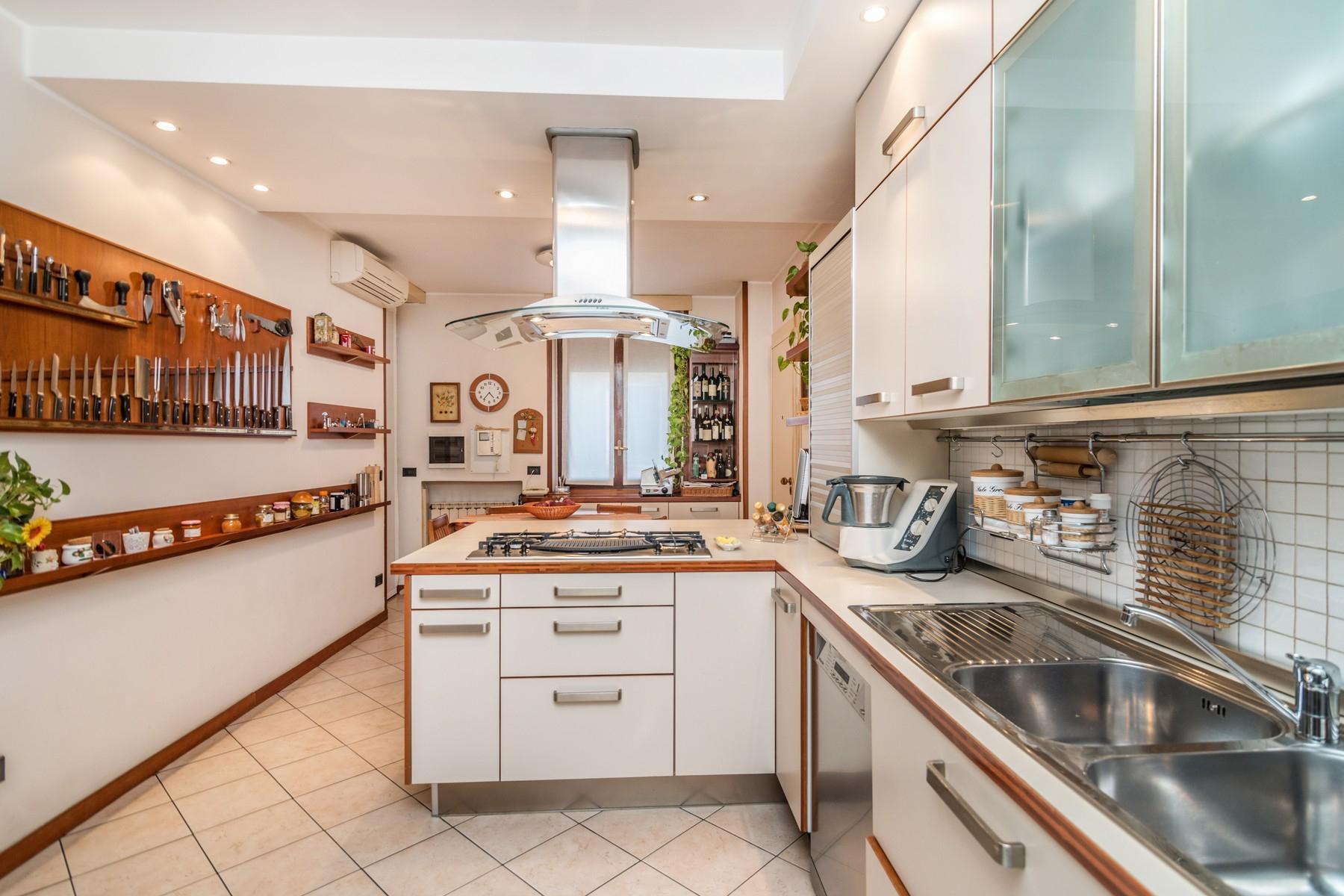 Elégant appartement de 250 m2 avec terrasses - 16