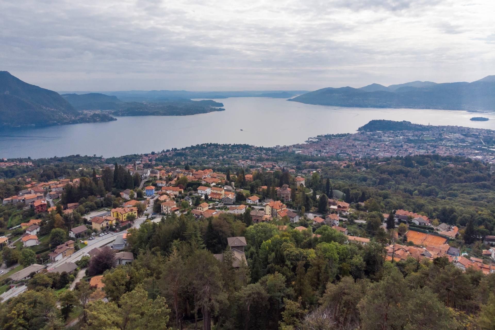 Villa unifamiliare nella zona collinare di Verbania con vista magnifica sul lago - 6