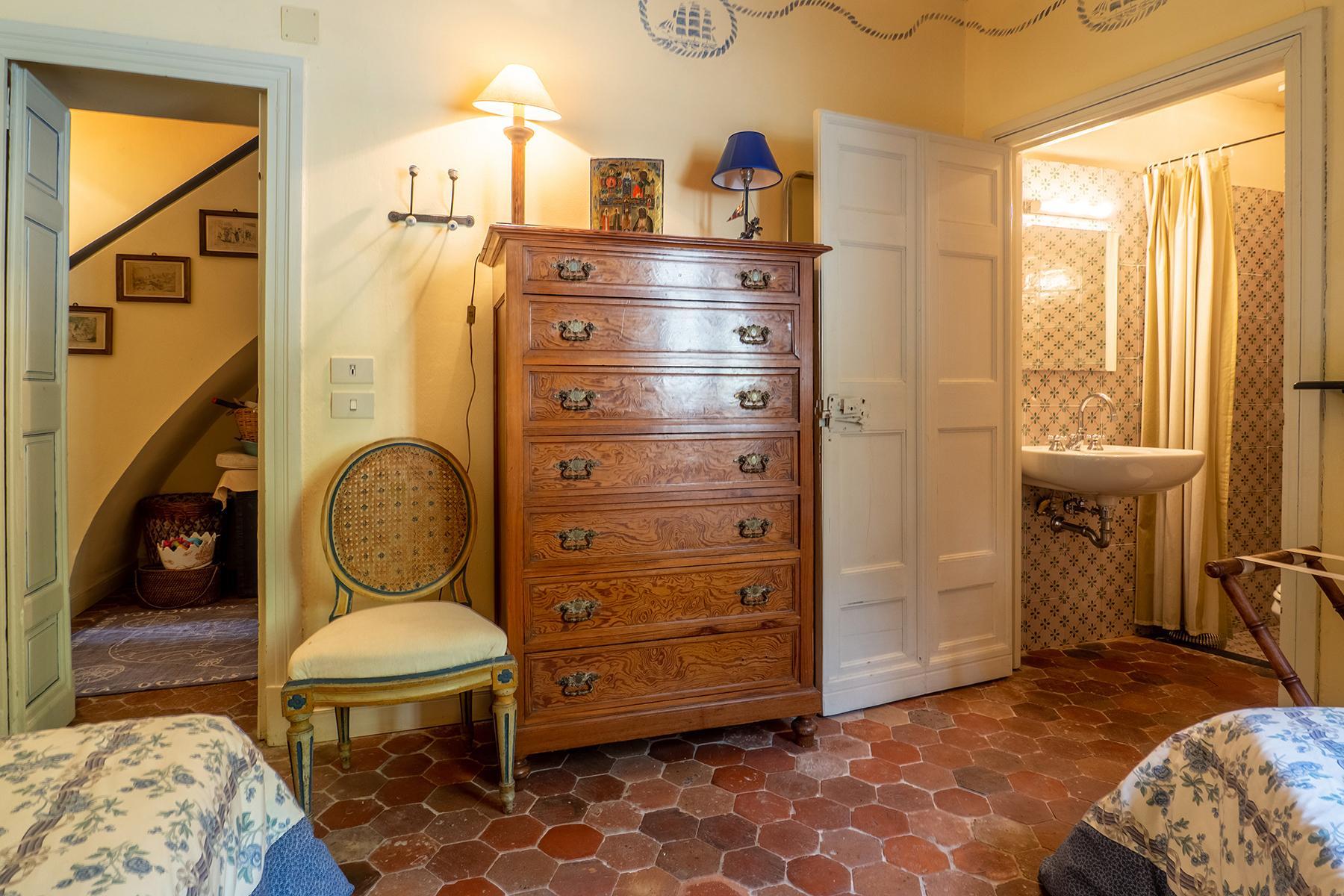 Historische unabhängige Villa mit privatem Zugang zum Meer - 15