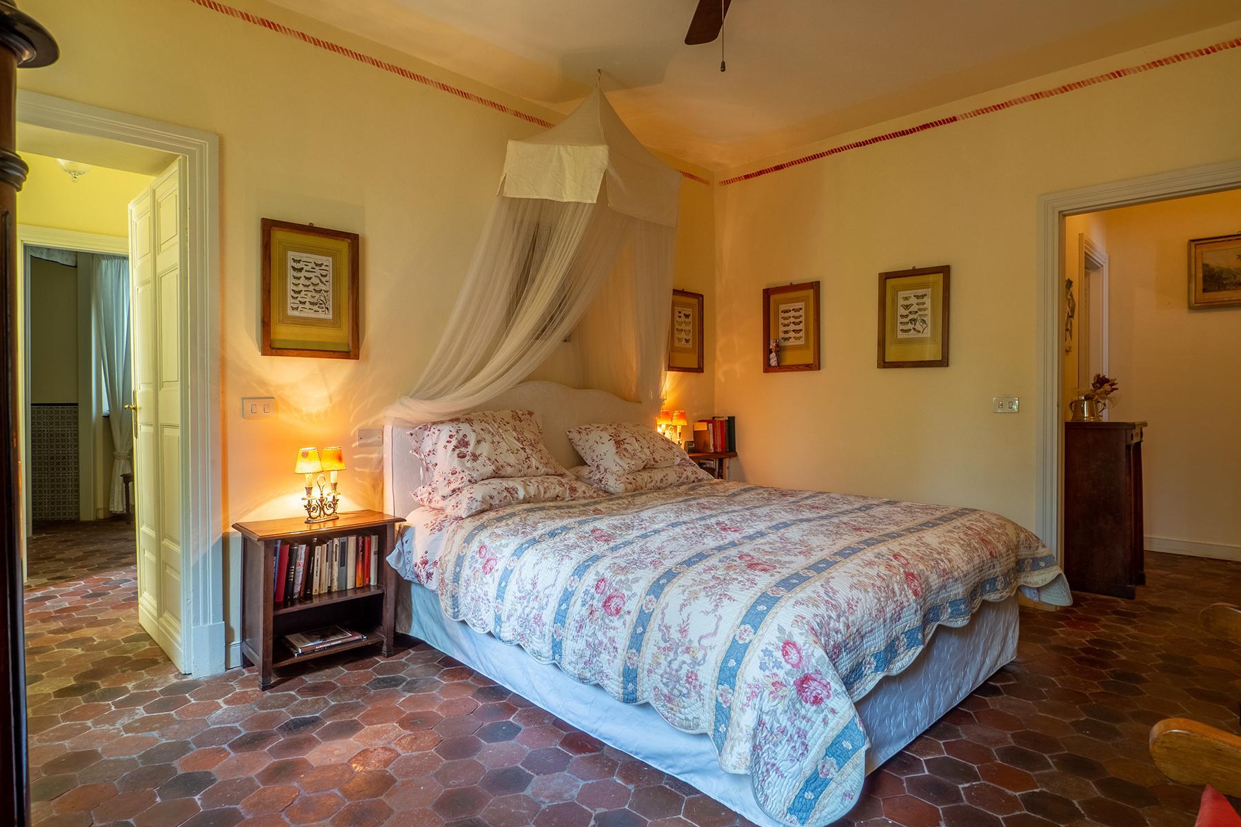 Historische unabhängige Villa mit privatem Zugang zum Meer - 13
