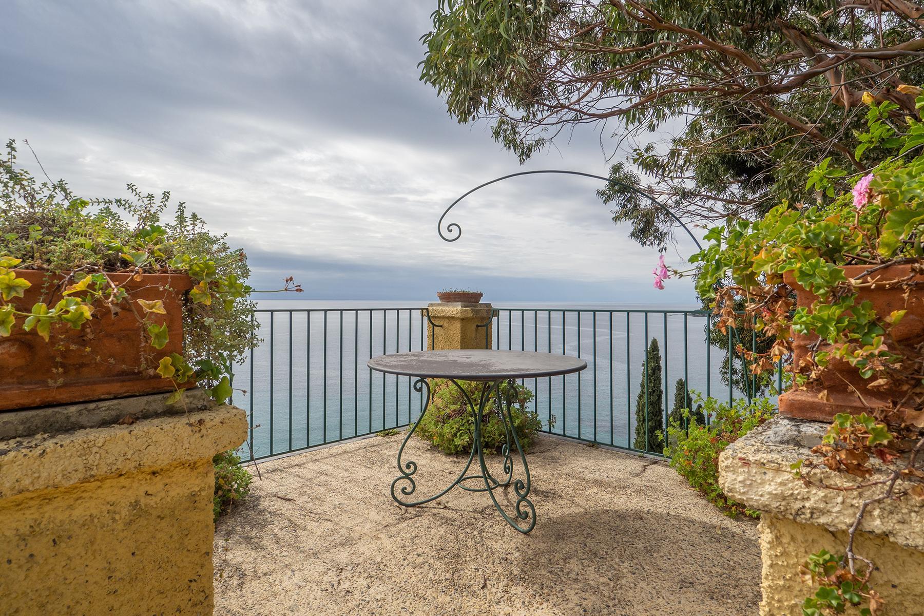 Historische unabhängige Villa mit privatem Zugang zum Meer - 24