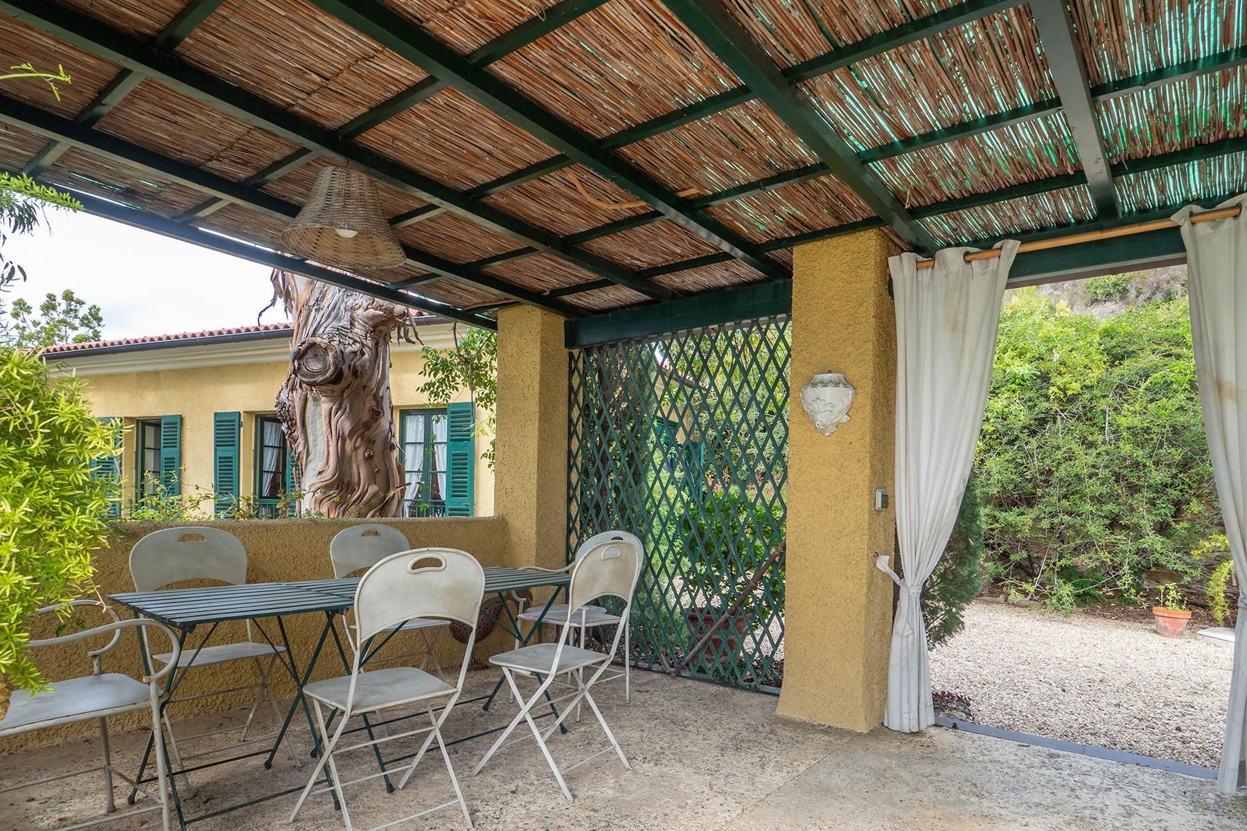 Historische unabhängige Villa mit privatem Zugang zum Meer - 25