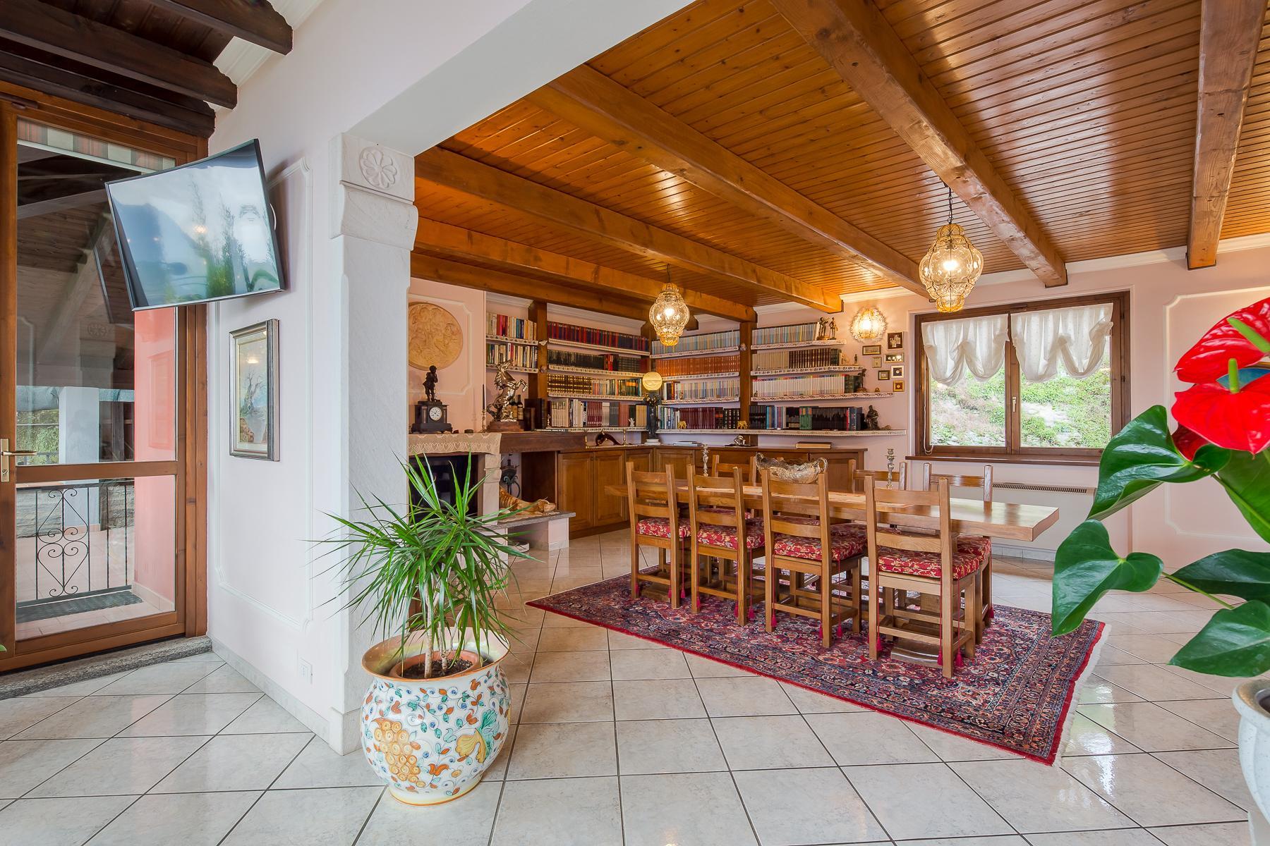 Villa unifamiliare nella zona collinare di Verbania con vista magnifica sul lago - 24