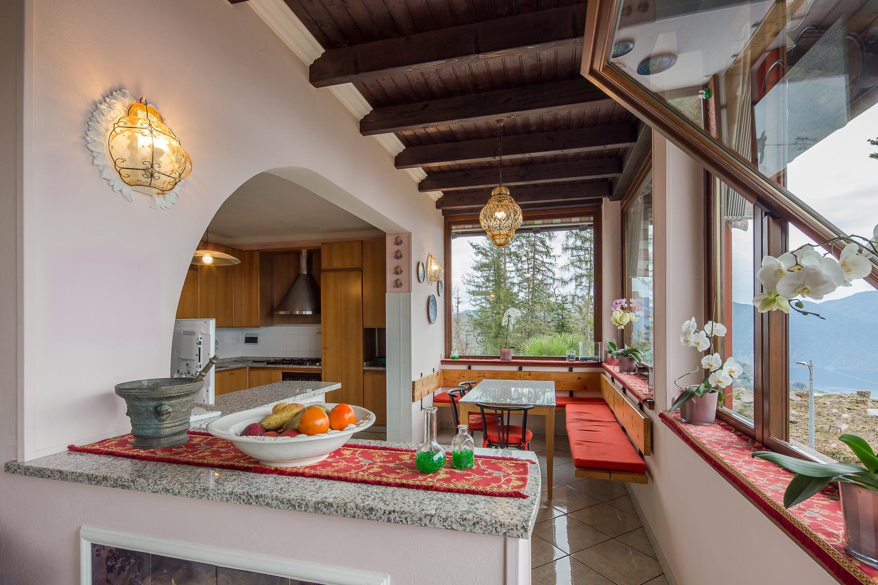 Villa unifamiliare nella zona collinare di Verbania con vista magnifica sul lago - 25