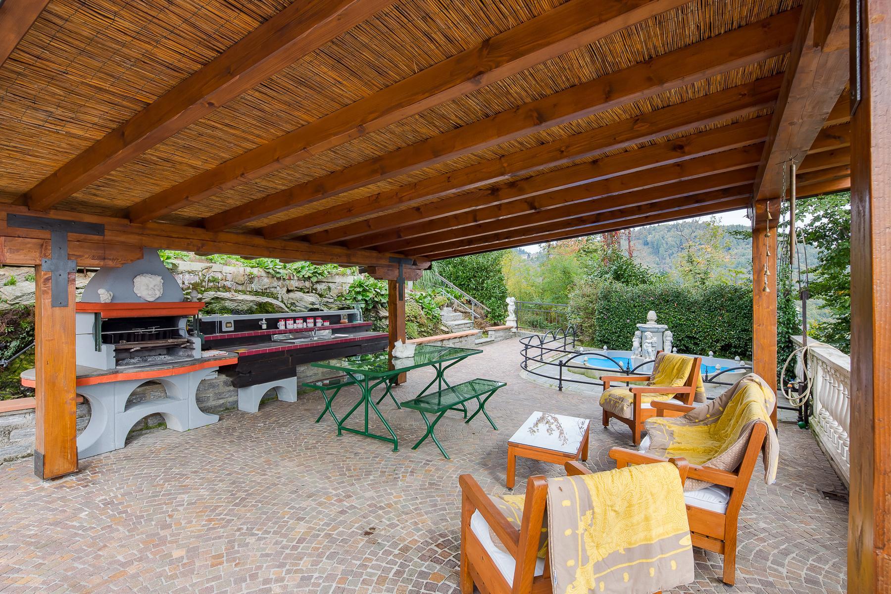 Villa unifamiliare nella zona collinare di Verbania con vista magnifica sul lago - 16