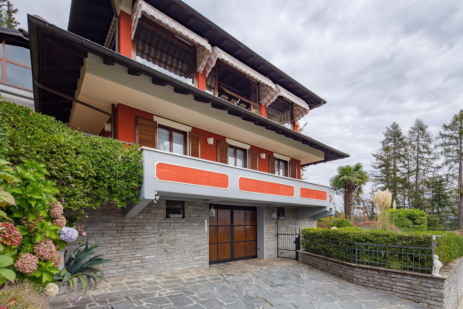 Villa unifamiliare nella zona collinare di Verbania con vista magnifica sul lago - 11