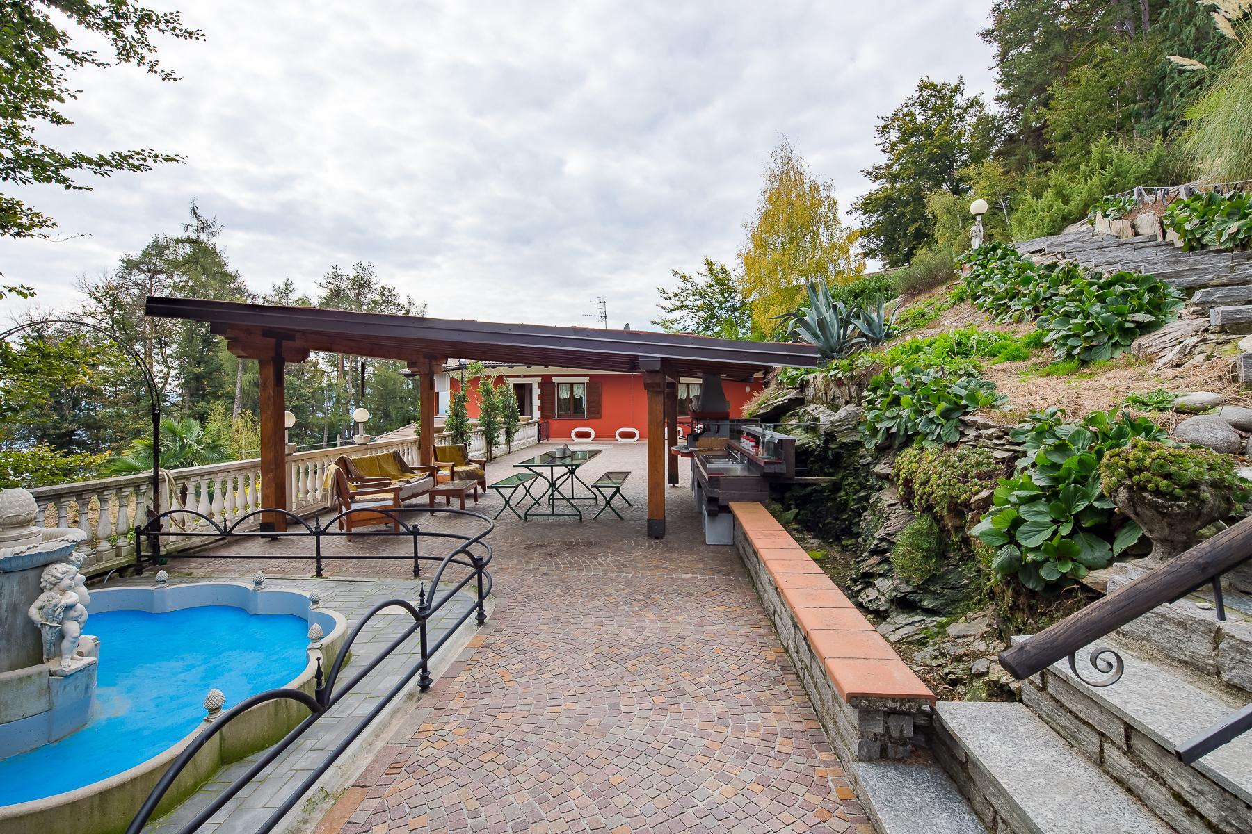 Villa unifamiliare nella zona collinare di Verbania con vista magnifica sul lago - 15