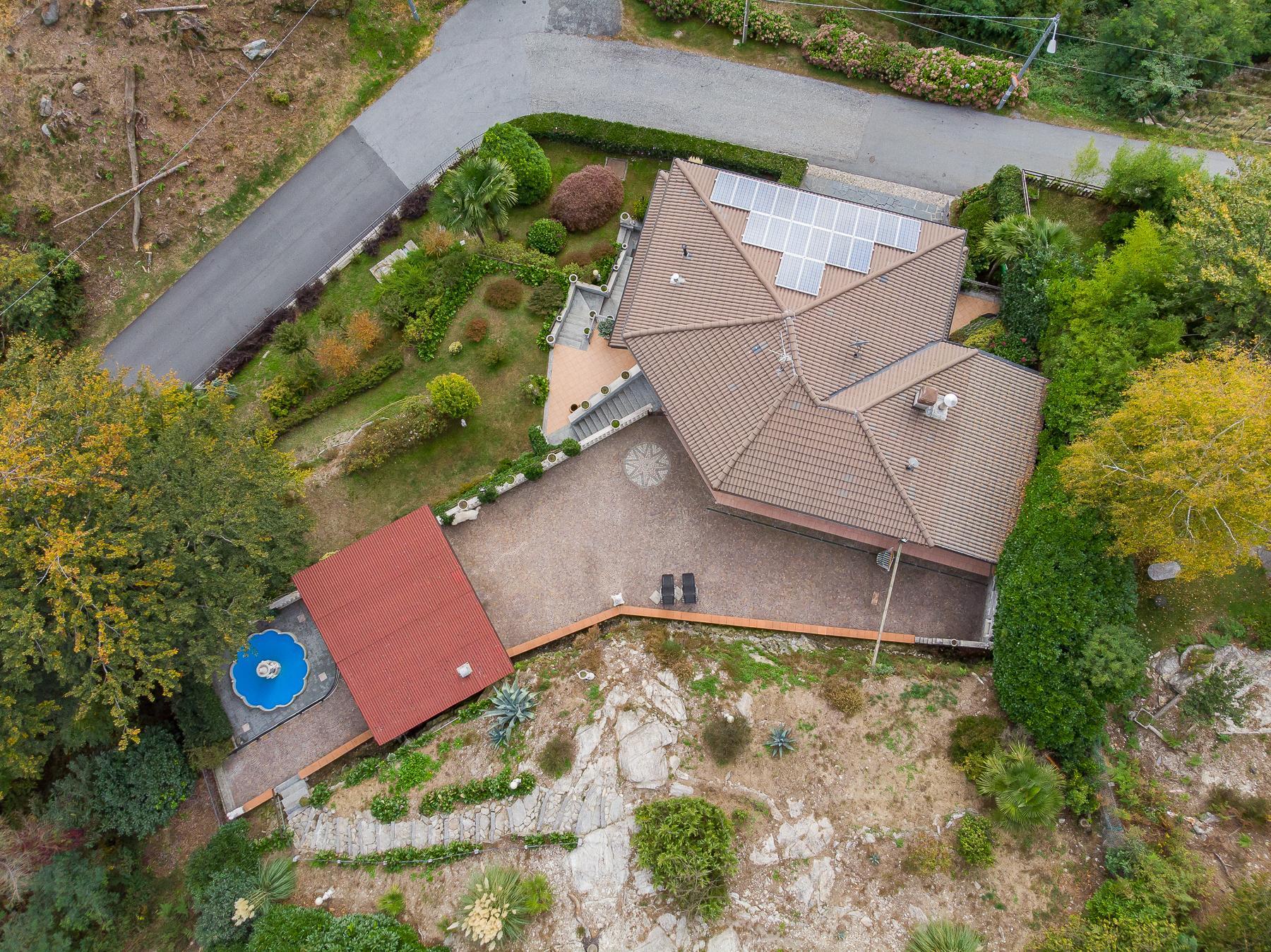 Villa unifamiliare nella zona collinare di Verbania con vista magnifica sul lago - 4