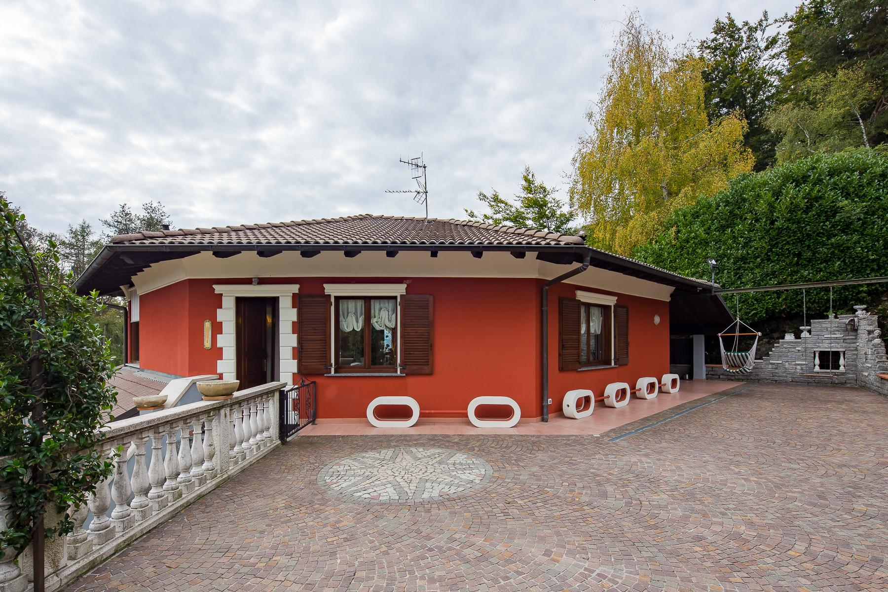 Detached Villa in the hilly area of Verbania with wonderful lake view - 12