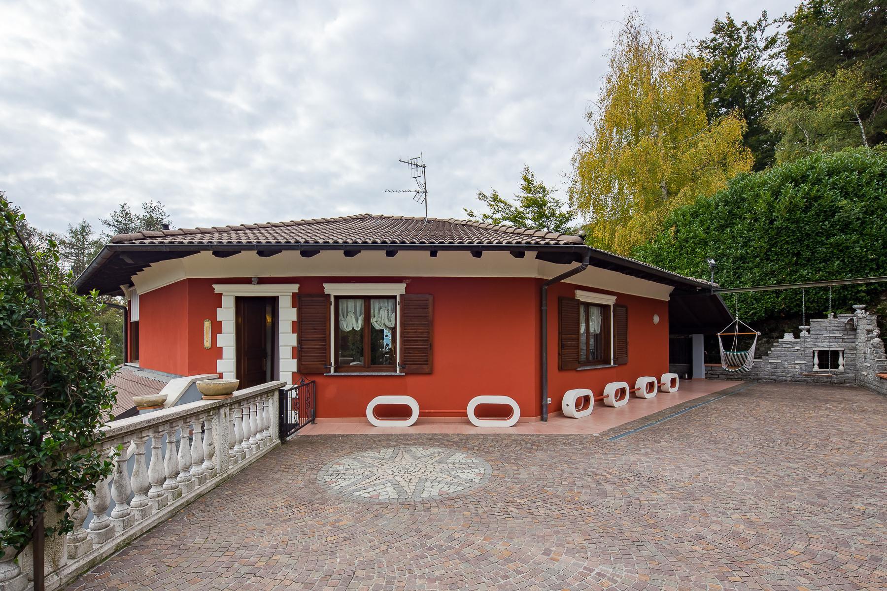 Villa unifamiliare nella zona collinare di Verbania con vista magnifica sul lago - 12