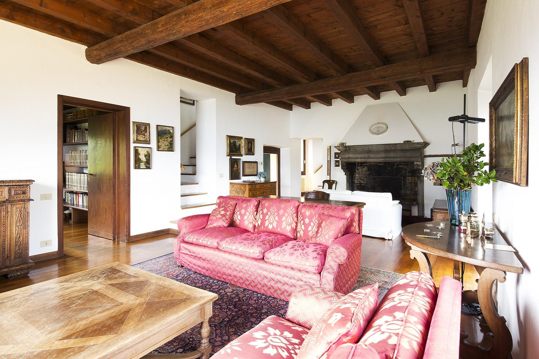 Charming villa on the hills of Como - 13