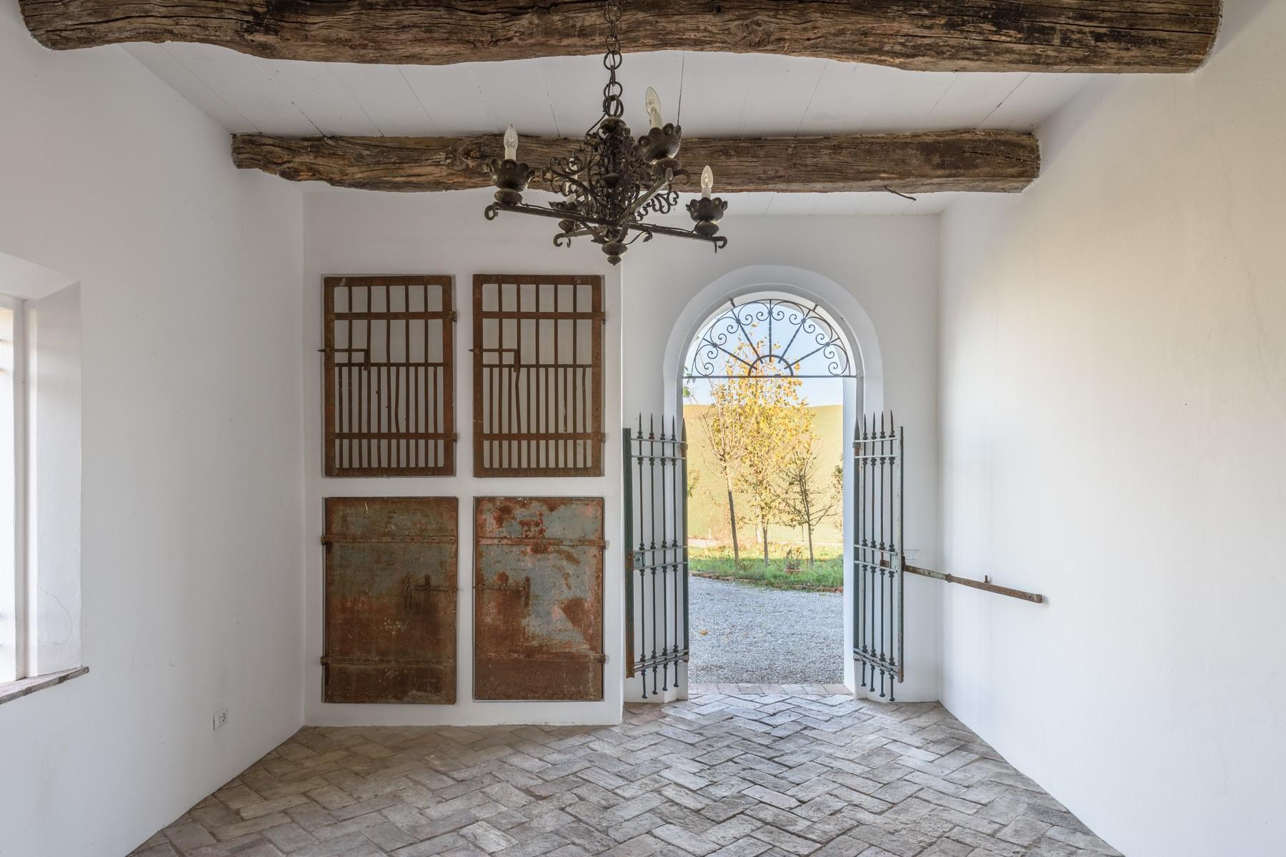 Elegant 13th century country villa - 5