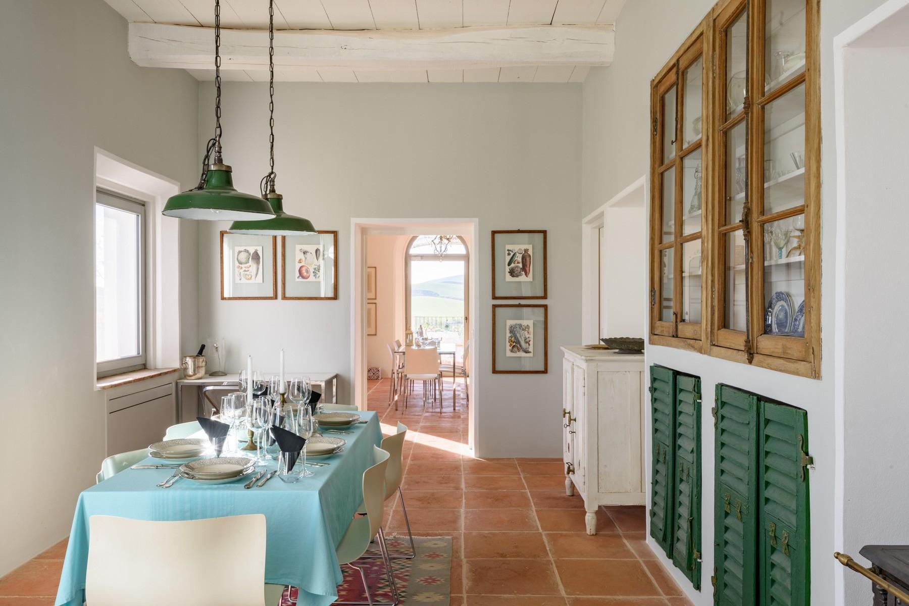 Elegant 13th century country villa - 17