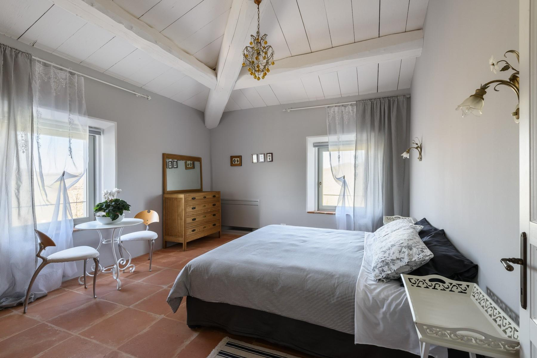 Elegant 13th century country villa - 21
