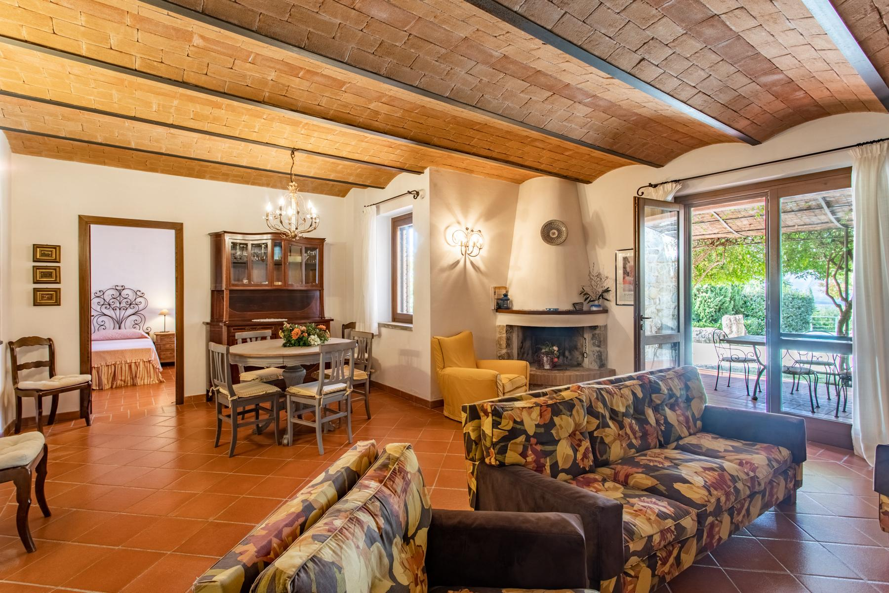 Charming farmhouse with swimming pool in the Maremma countryside - 12