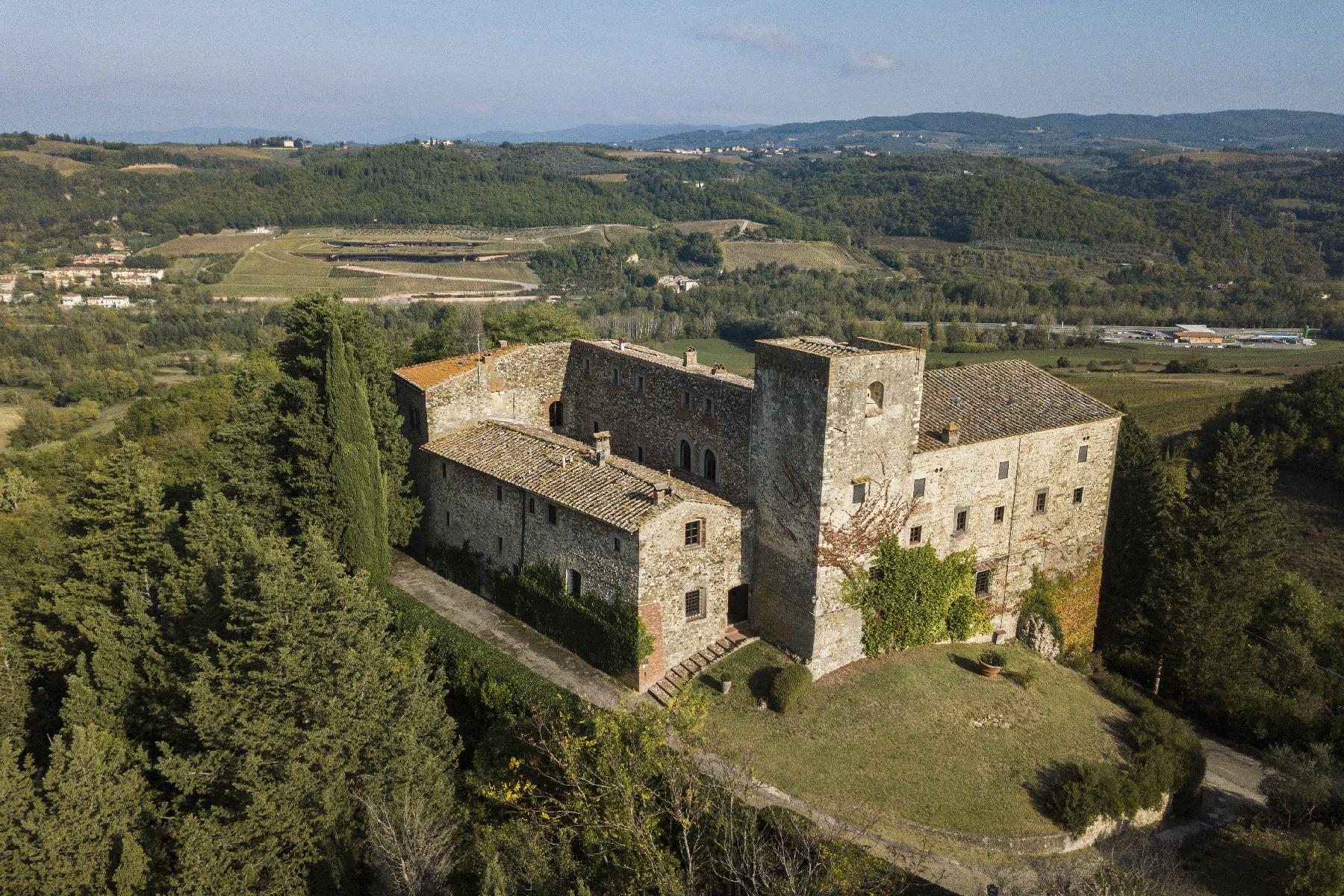 Renaissance castle in the Florentine Chianti hills - 40