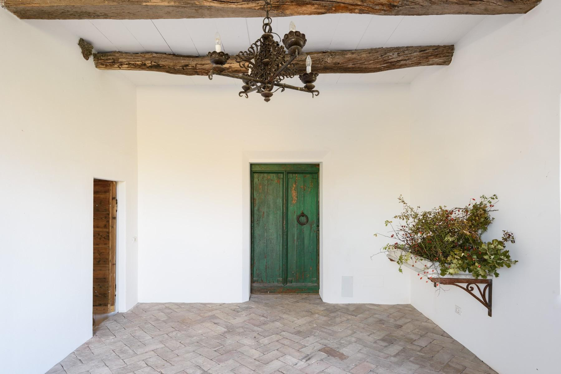 Elegant 13th century country villa - 4