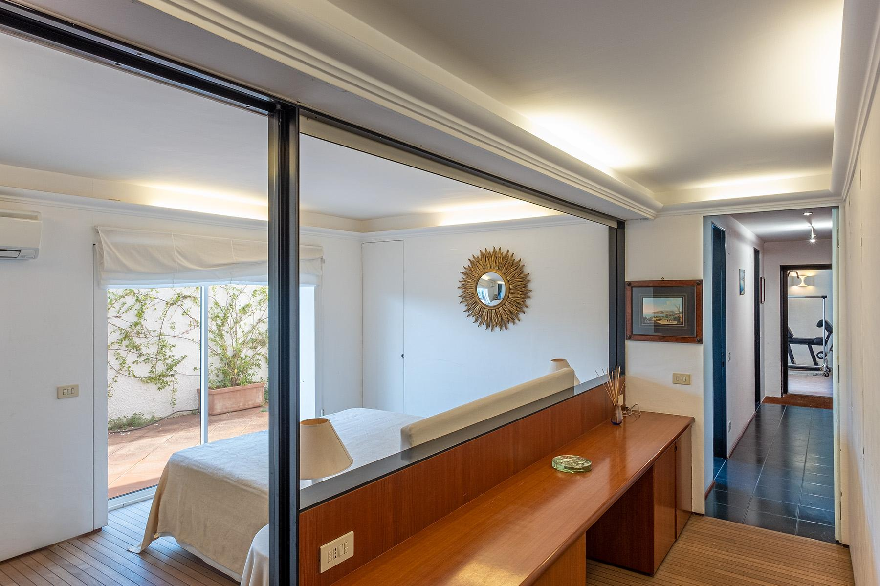 Panoramic villa with swimming pool in Anacapri city center - 12
