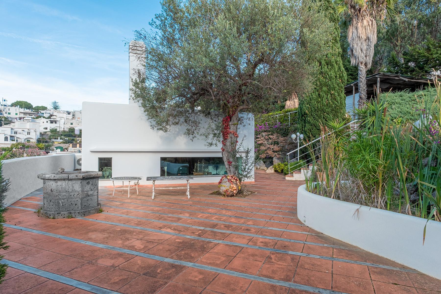 Panoramic villa with swimming pool in Anacapri city center - 20
