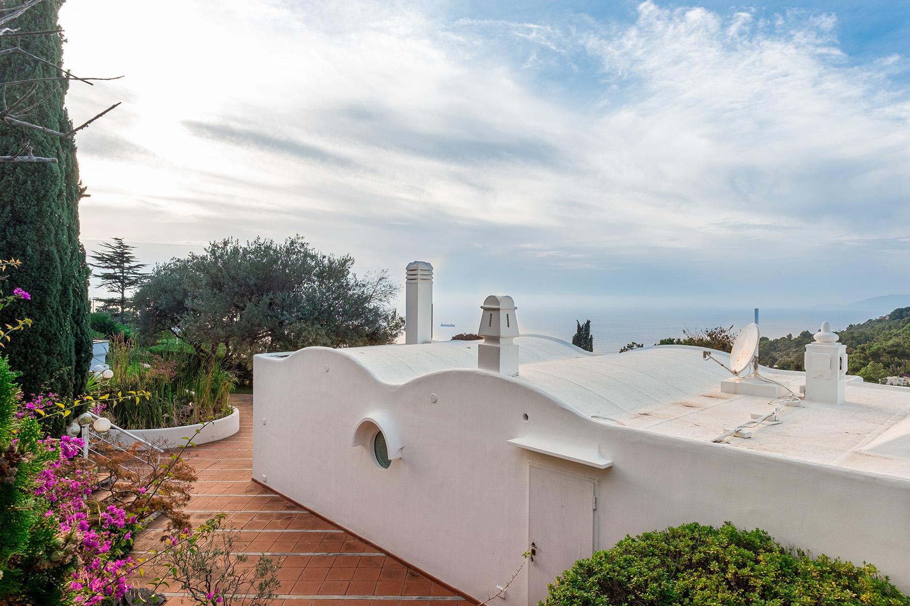 Panoramic villa with swimming pool in Anacapri city center - 2