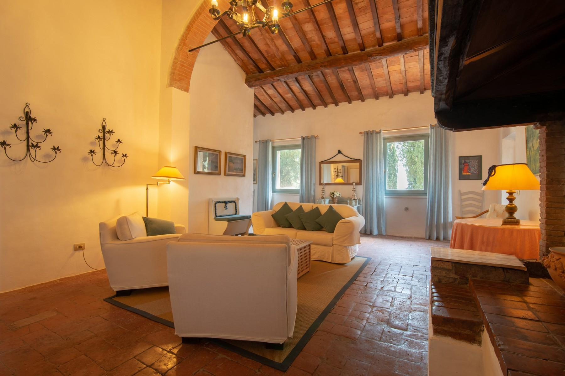 Remarkable Country house B&B with pool near San Gimignano - 6