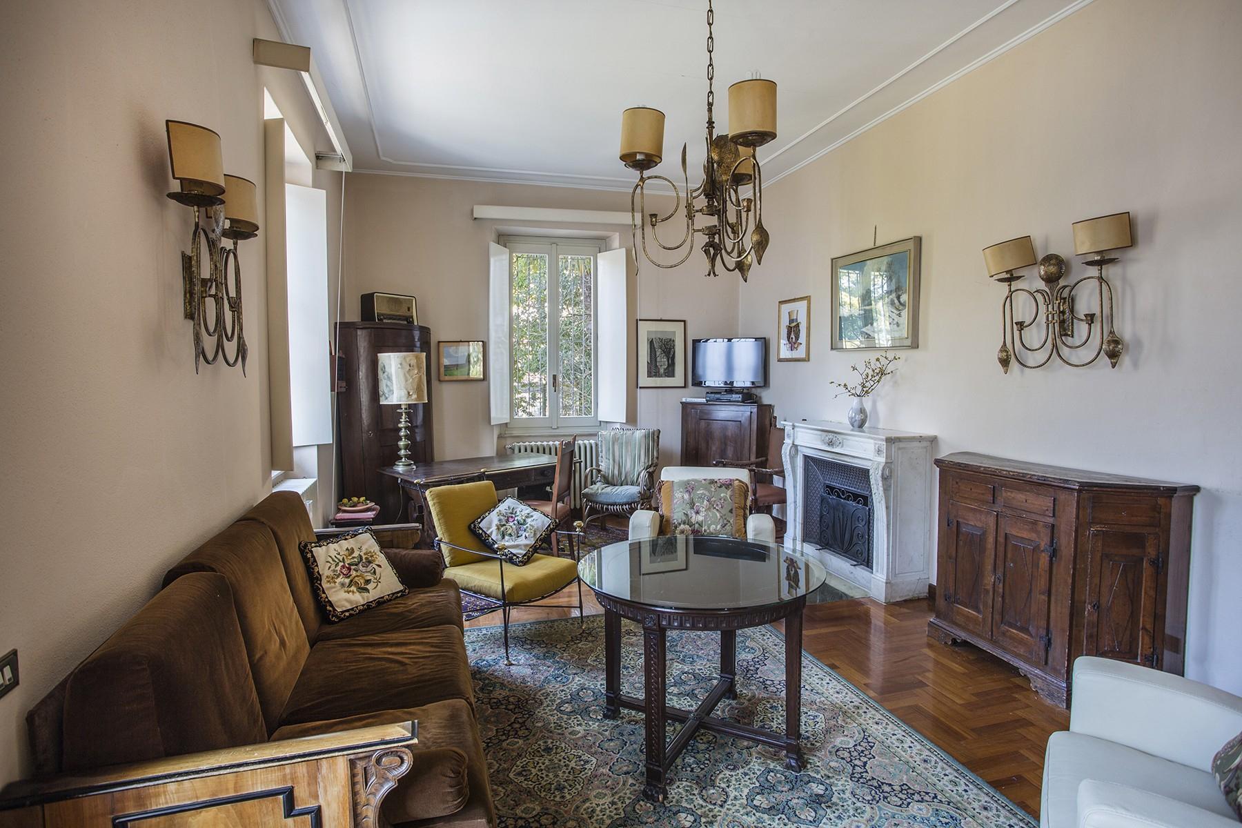 Elegant period villa with splendid lakeviews - 12