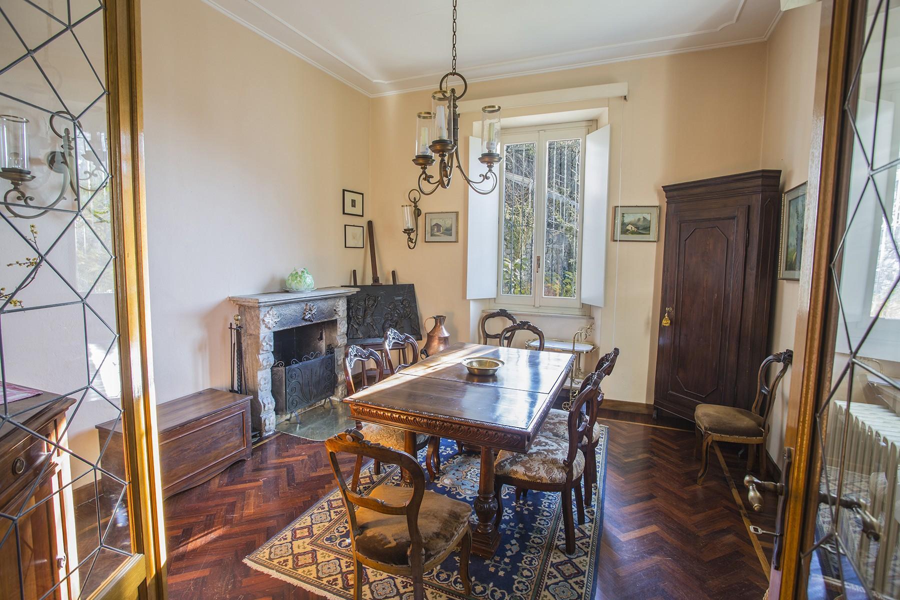 Elegant period villa with splendid lakeviews - 13