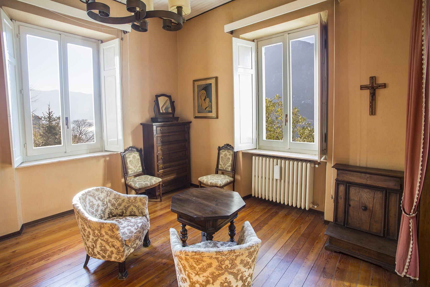Elegant period villa with splendid lakeviews - 18