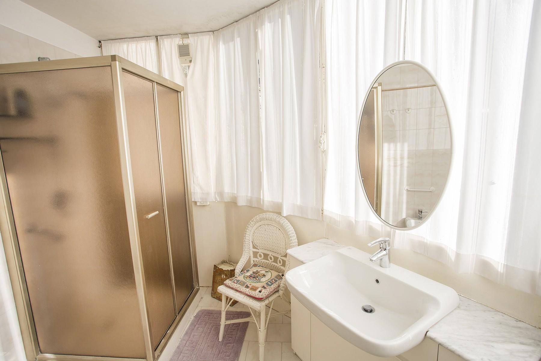 Elegant period villa with splendid lakeviews - 20