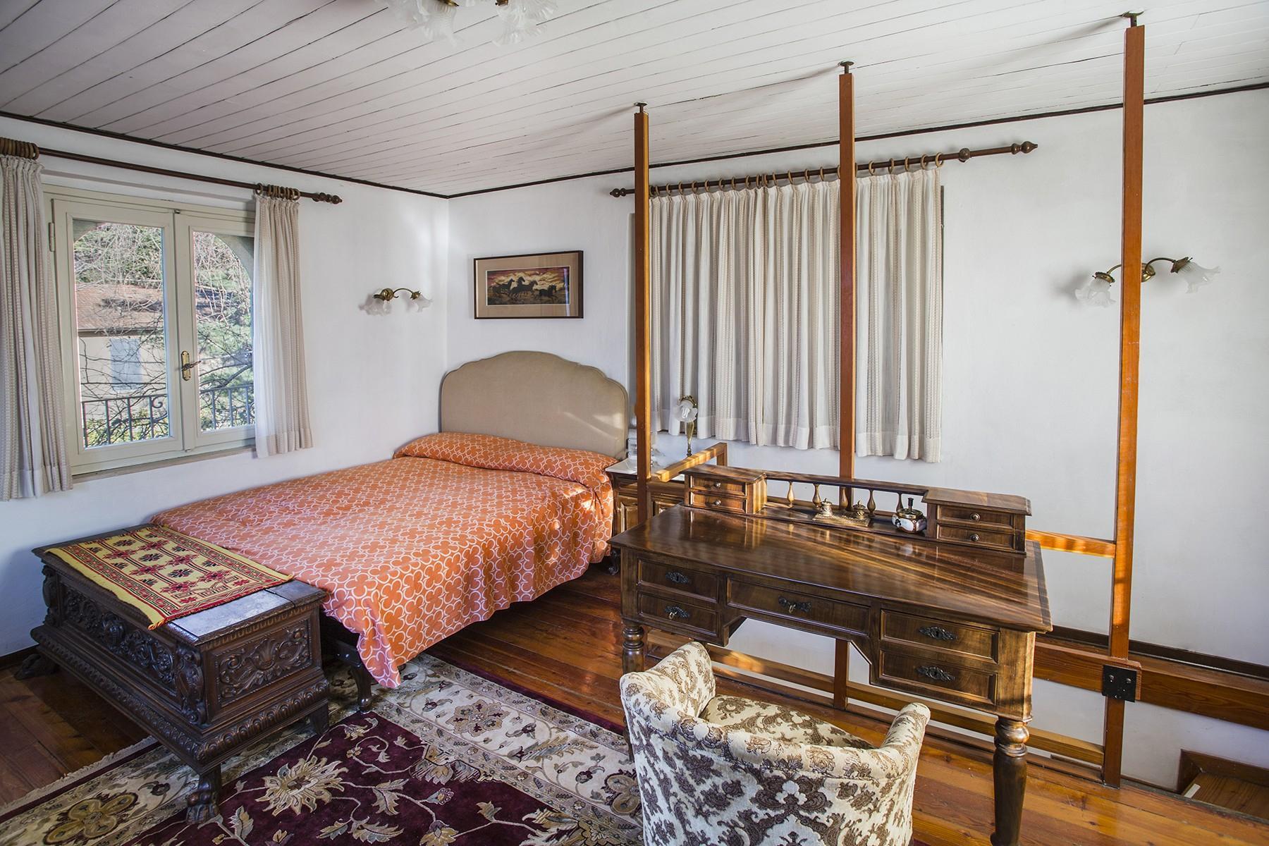 Elegant period villa with splendid lakeviews - 22