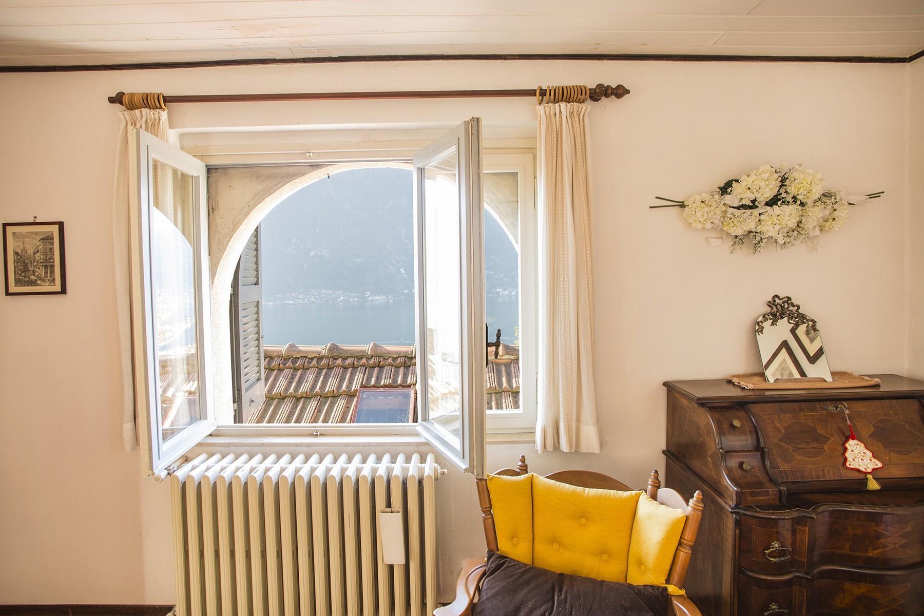 Elegant period villa with splendid lakeviews - 23