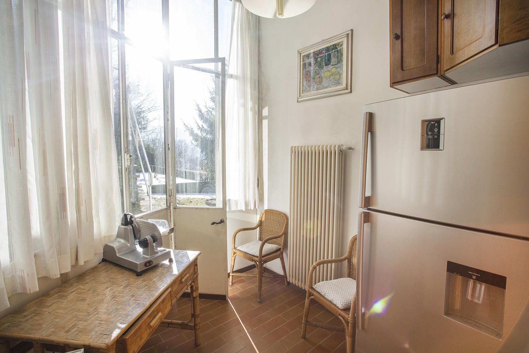Elegant period villa with splendid lakeviews - 17