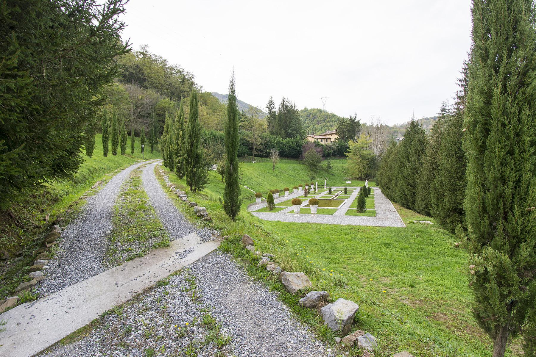 Luxury Renaissance Villa on the hills of Garfagnana Region - 30