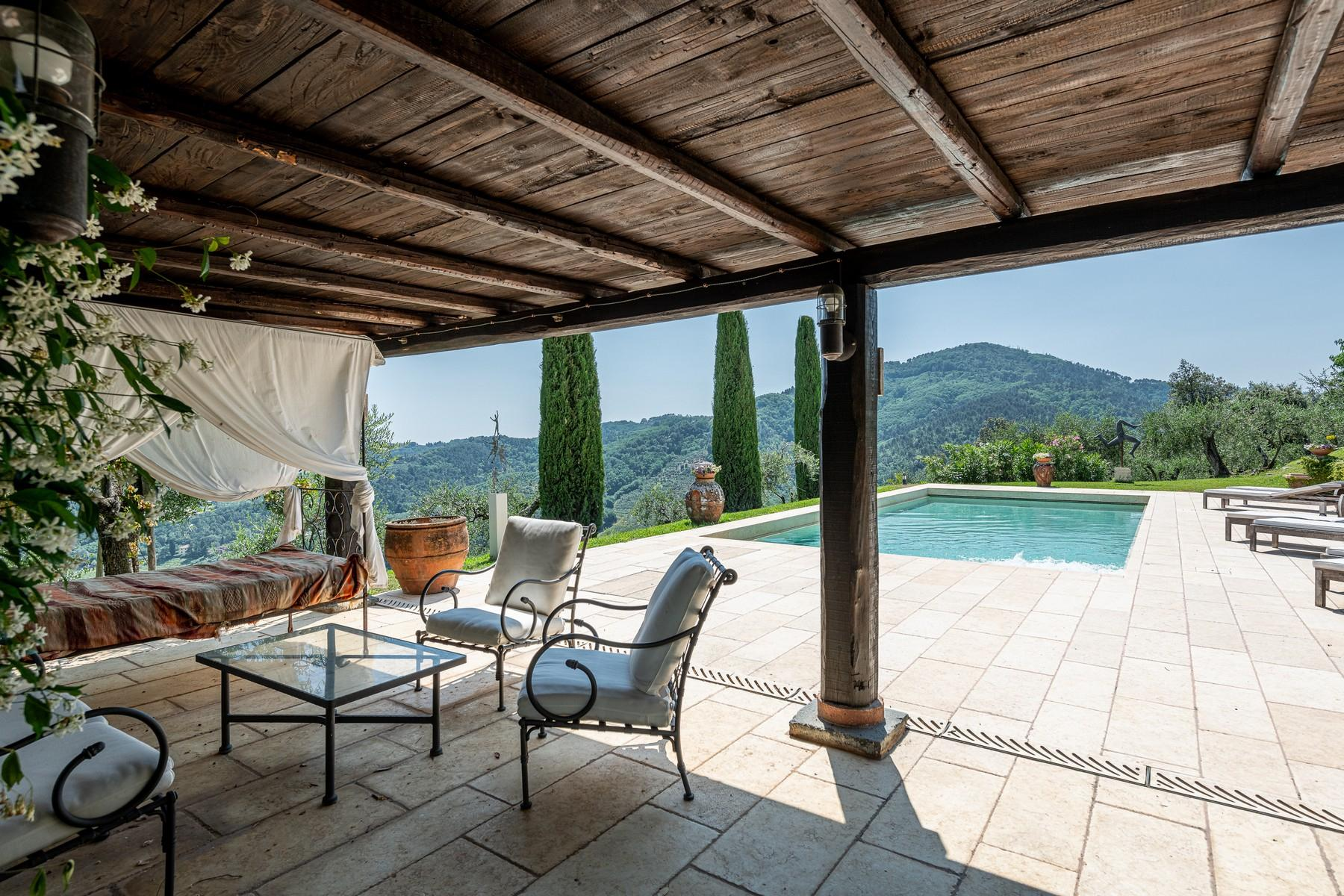 Magical farmhouse with stunning views on the hills of Lucca - 2