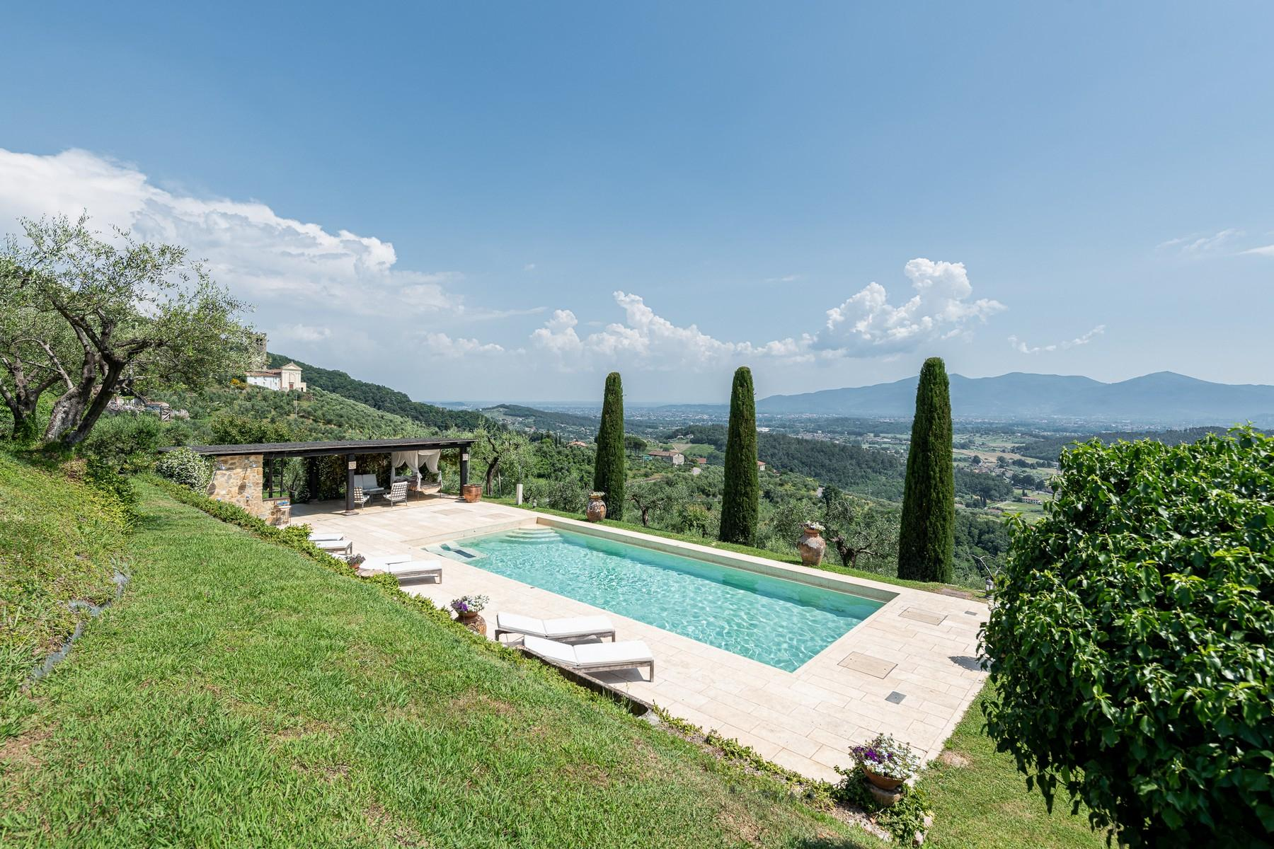 Magical farmhouse with stunning views on the hills of Lucca - 4