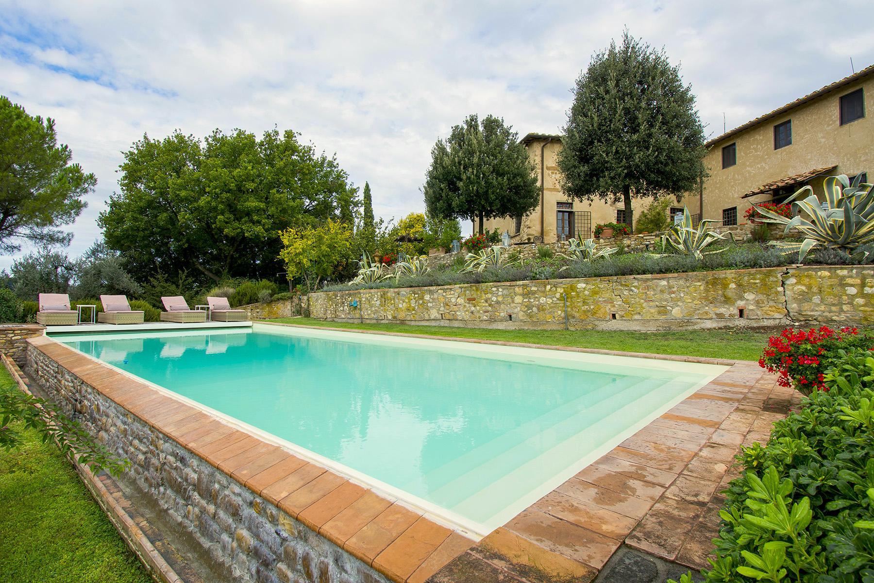 An enchanting villa in Florentine Chianti - 3