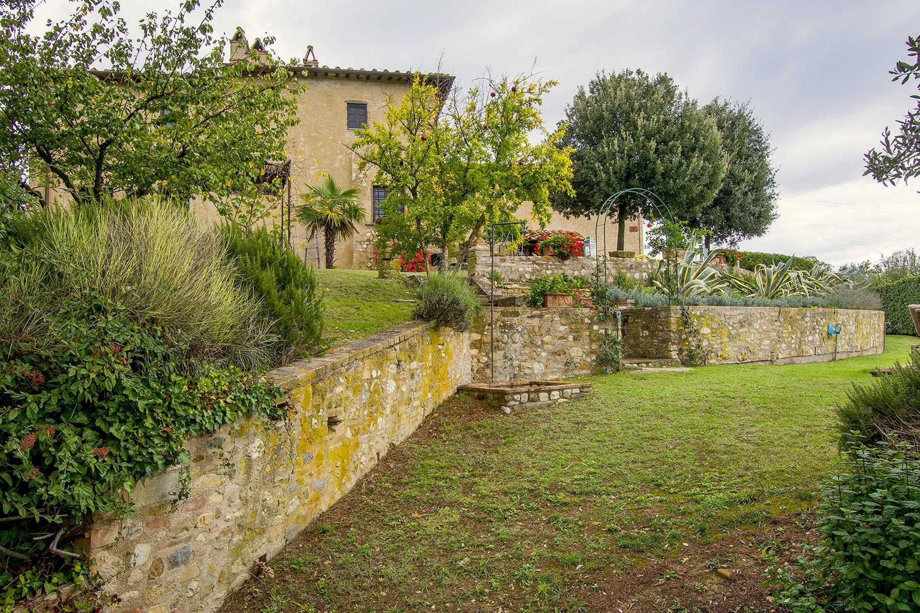 An enchanting villa in Florentine Chianti - 21