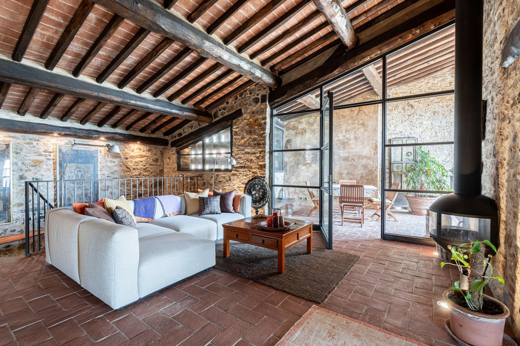 Magical farmhouse with stunning views on the hills of Lucca - 21