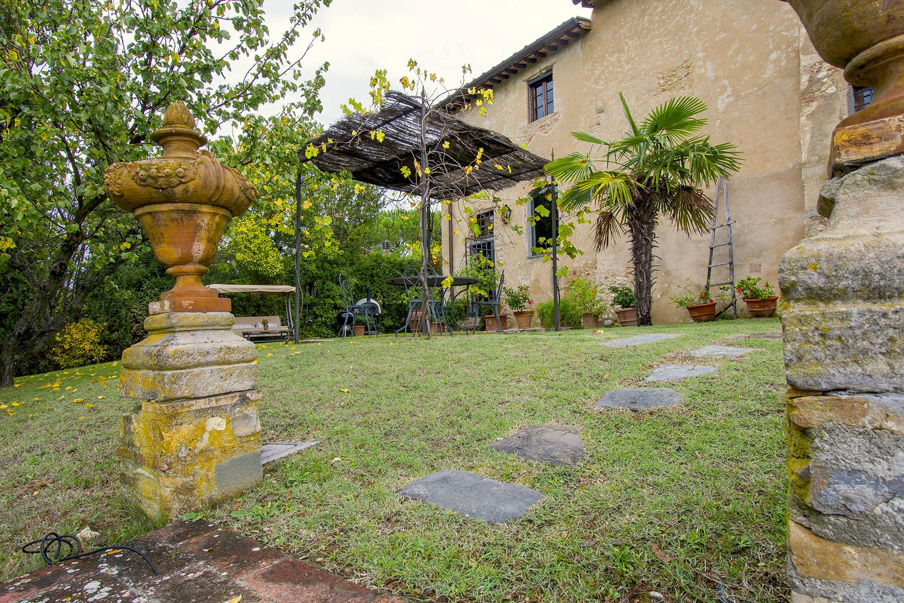 An enchanting villa in Florentine Chianti - 25