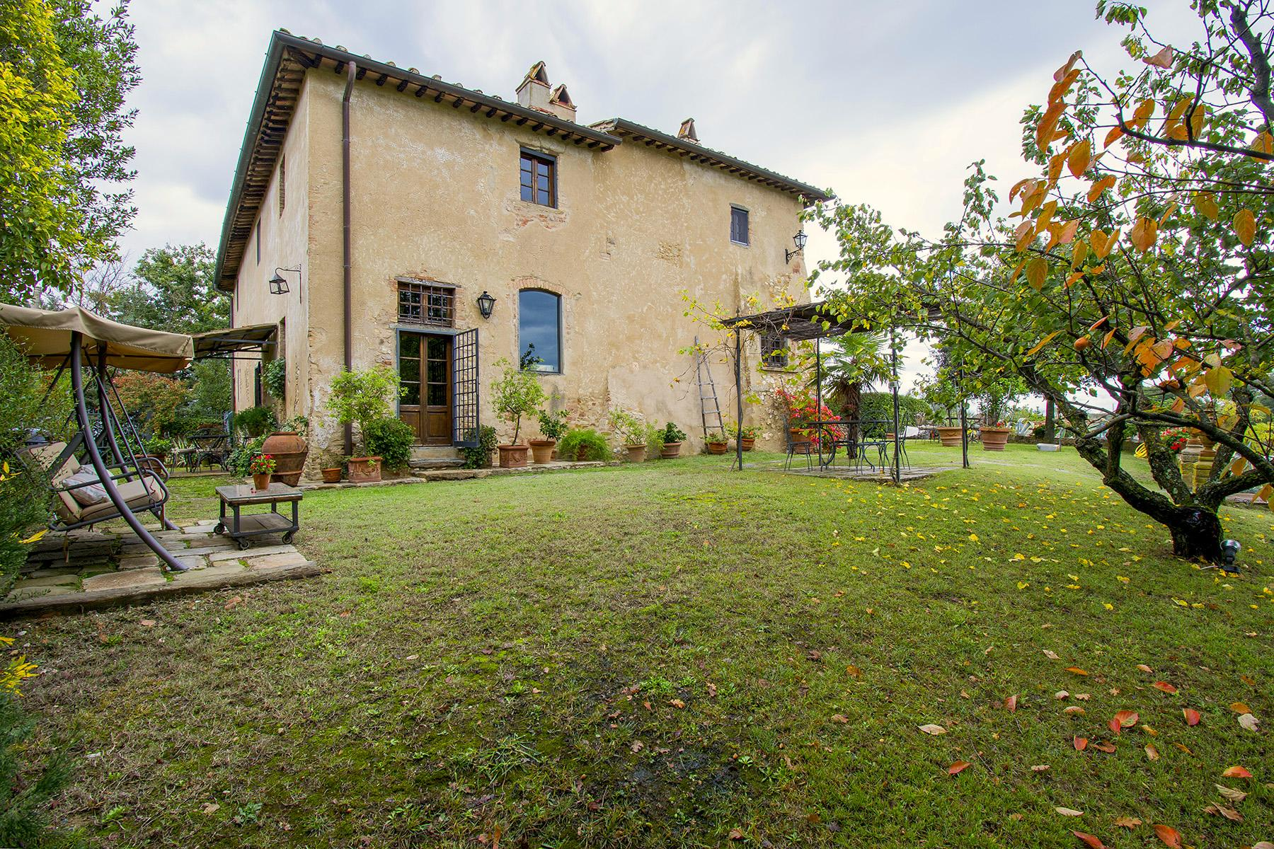 An enchanting villa in Florentine Chianti - 26