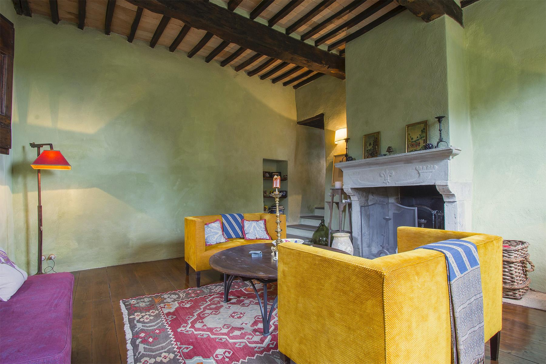 An enchanting villa in Florentine Chianti - 19